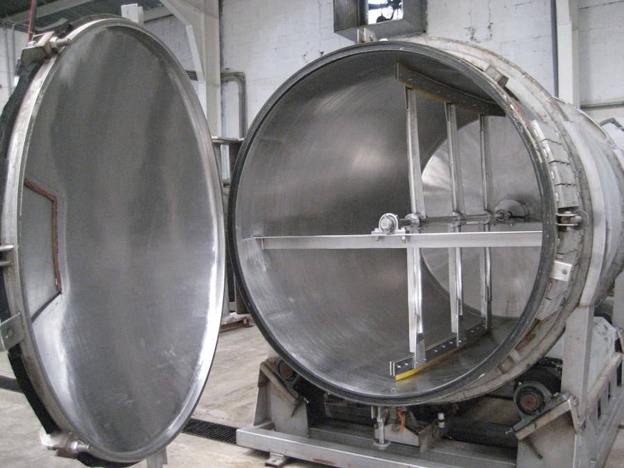 Inside view of vacuum tank