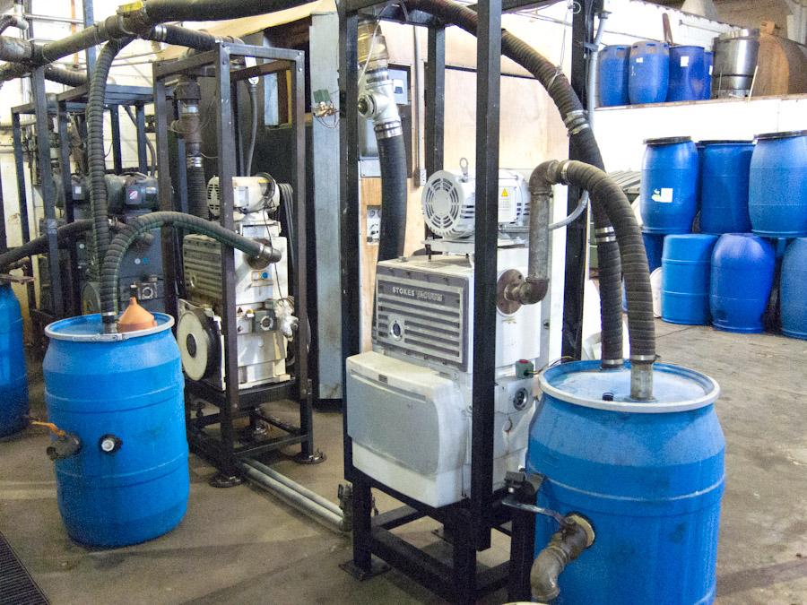 Seagate vacuum pump room