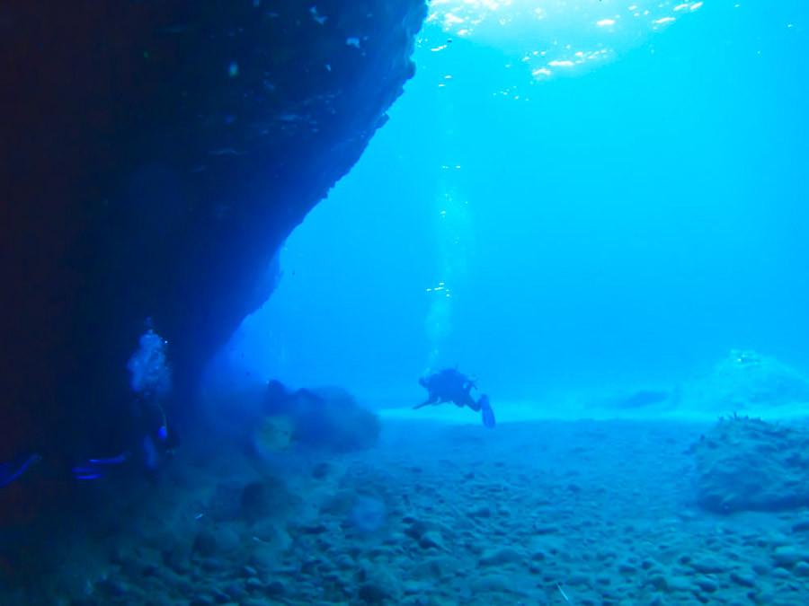 Santorini, volcano diving