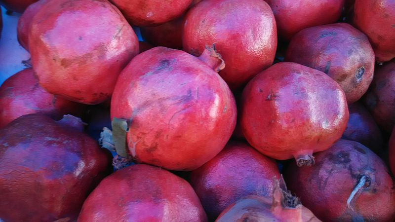 Easy Ways to Get More Pomegranate in Your Diet and Preparation Tips