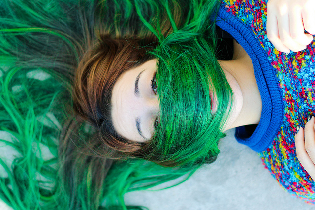 Chemicals in Hair Dye and Ways to Color Your Hair Color Naturally