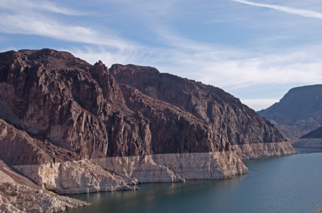 Hoover Dam water level