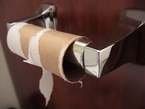 Common Causes of Diarrhea and Natural Solutions to Feel Better