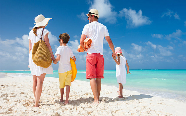 Summer Beach Tips for a Healthy and Safe Trip to the Beach