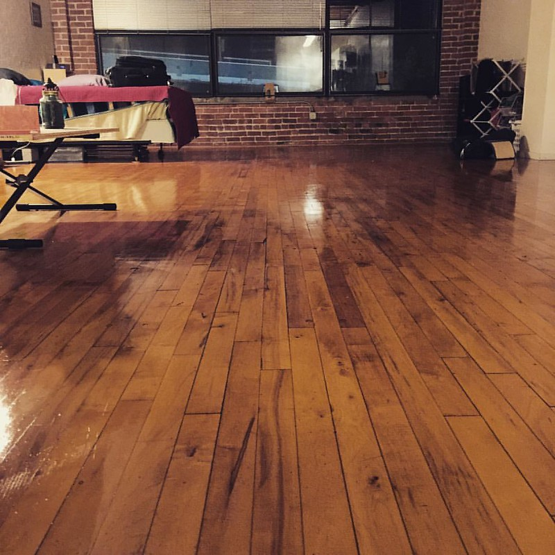 Natural Floor Cleaning Strategies without Chemicals for Your Home