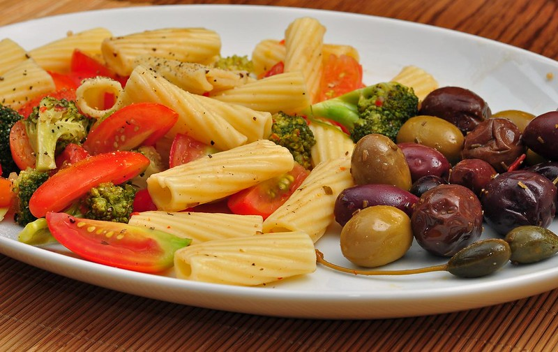 Recipes Featuring Olives That Are Perfect for Summer